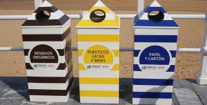 compartimiento 300x152 - El arte de construir casas con residuos de plástico